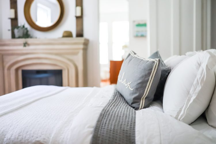 How to Create the Bed of your Dreams – Master Bedroom Progress
